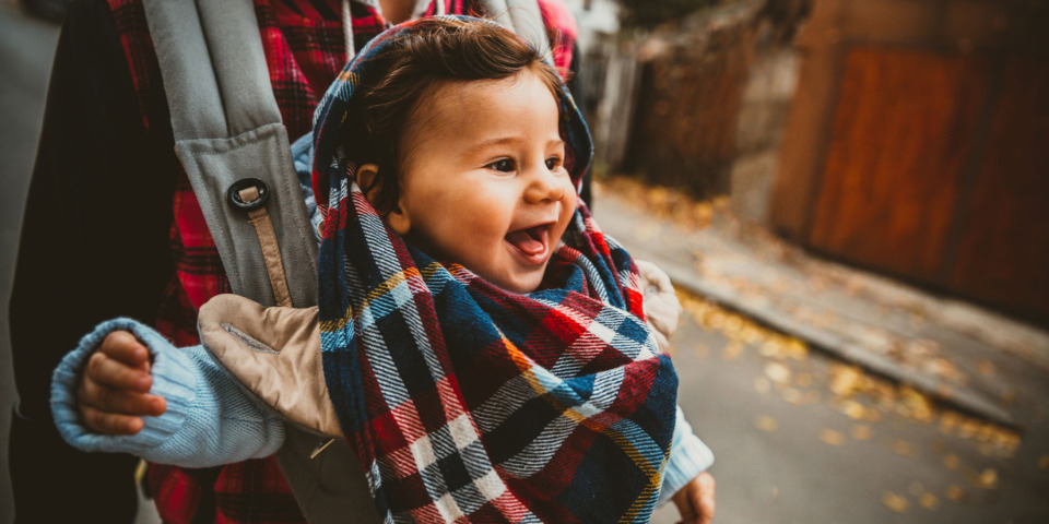 Baby Bjorn, Ergobaby or Tula: what's the best baby carrier for autumn?