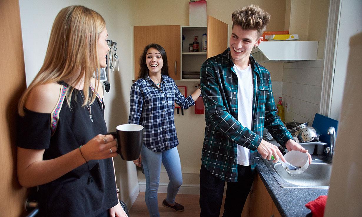 Uni students washing up in halls