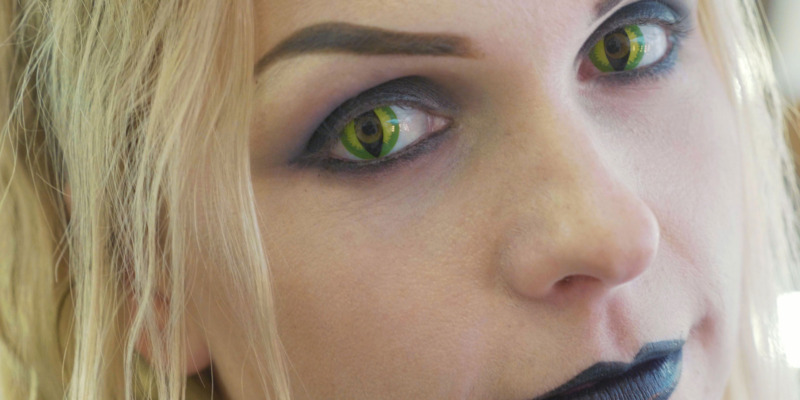 Safety warning over Halloween contact lenses