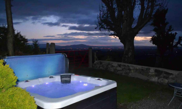 Hot tub cottage in Mourne, Northern Ireland