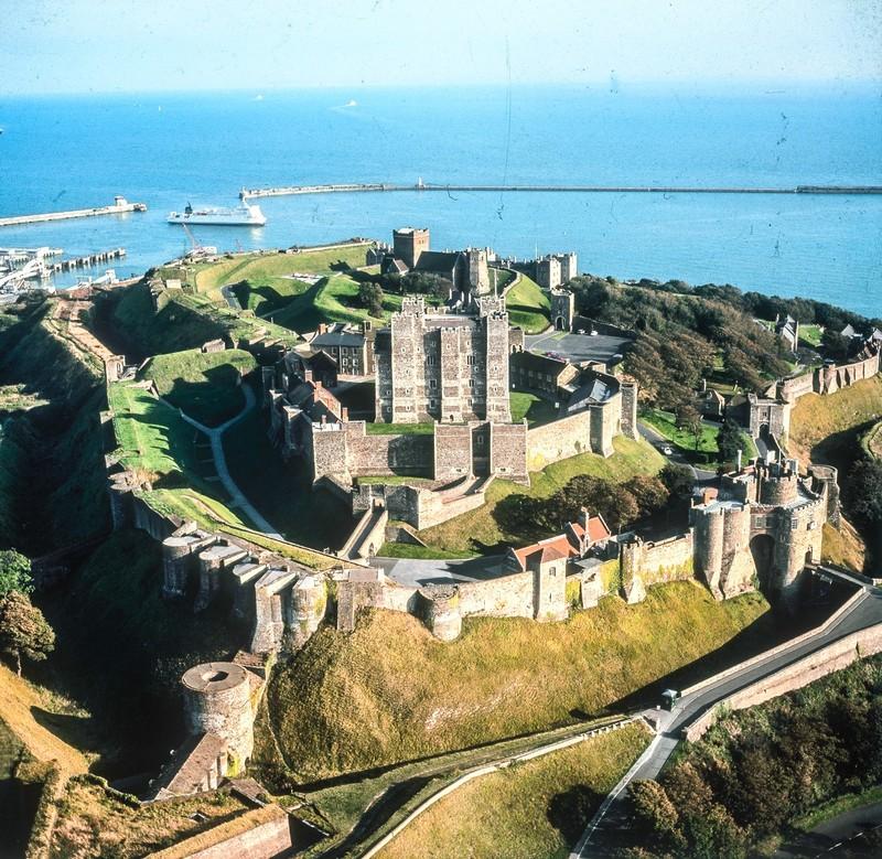 Замок Дувр в Англии