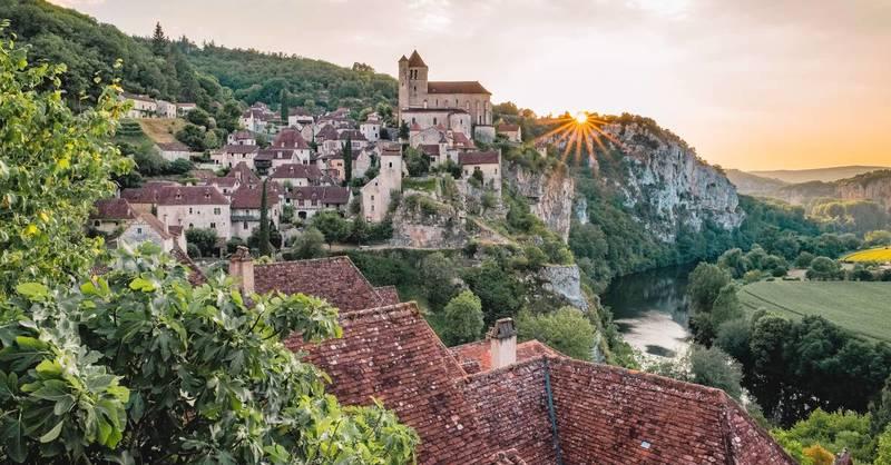 Сен-Сирк-Лапопи во Франции
