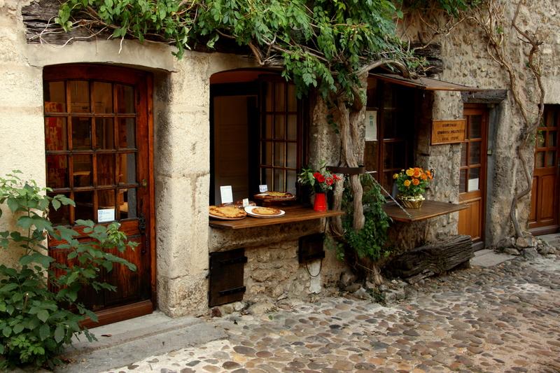 Перуж во Франции