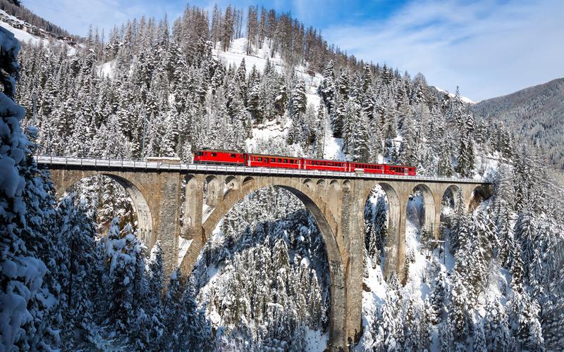 Ледникового экспресс в Швейцарии