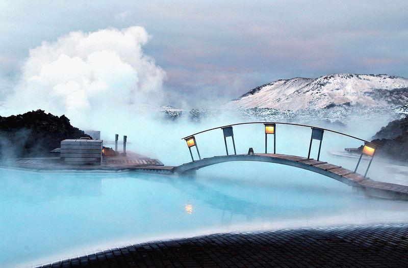 Исландская голубая лагуна
