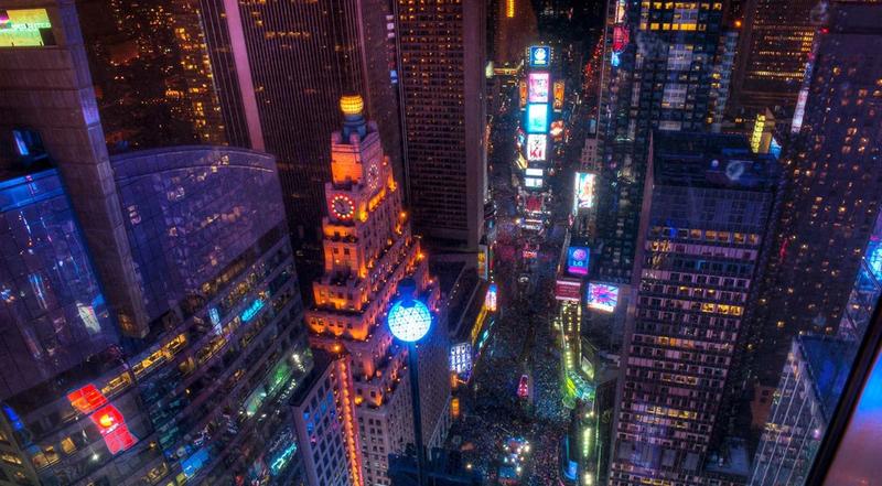 Спуск шара времени на площади Таймс-сквер