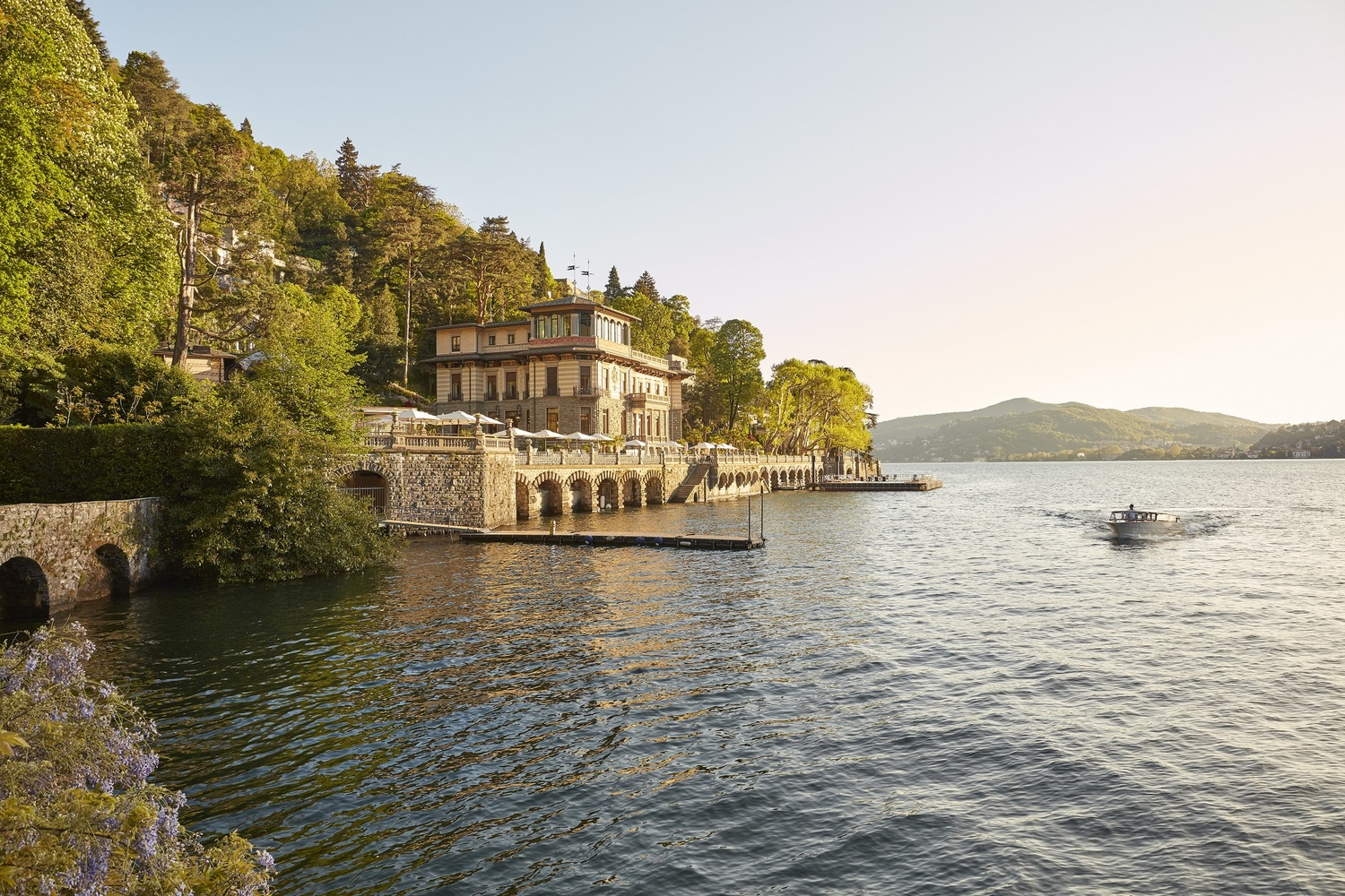 Water, Nature, Outdoors, Building, Architecture, Castle, Waterfront, Lake, Fort, Boat
