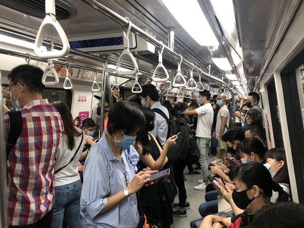 0900_Commute_to_Office.JPG