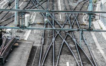 Evaluering av to jernbaneprosjekter