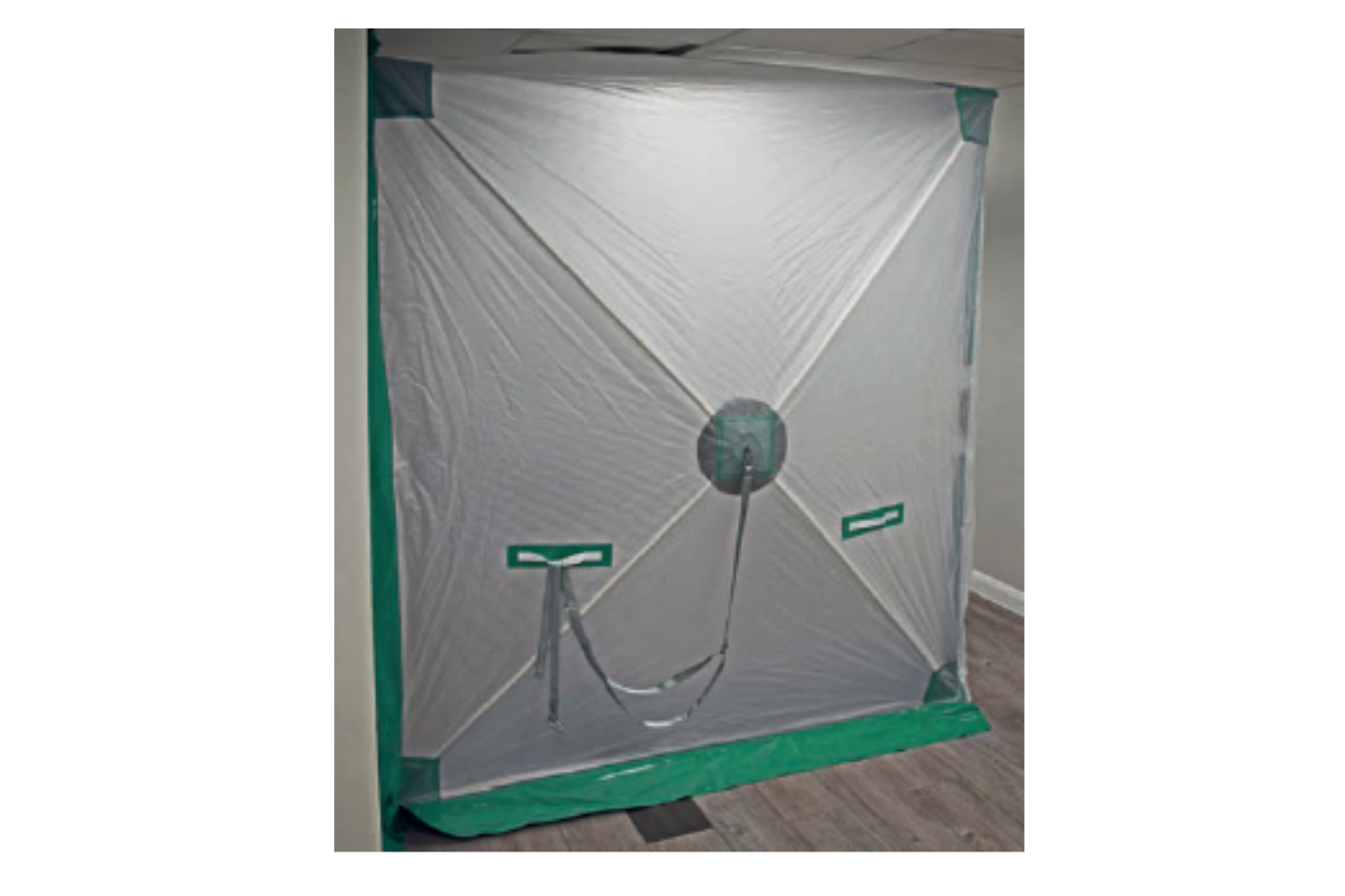 Dustex Air Lock in use 1