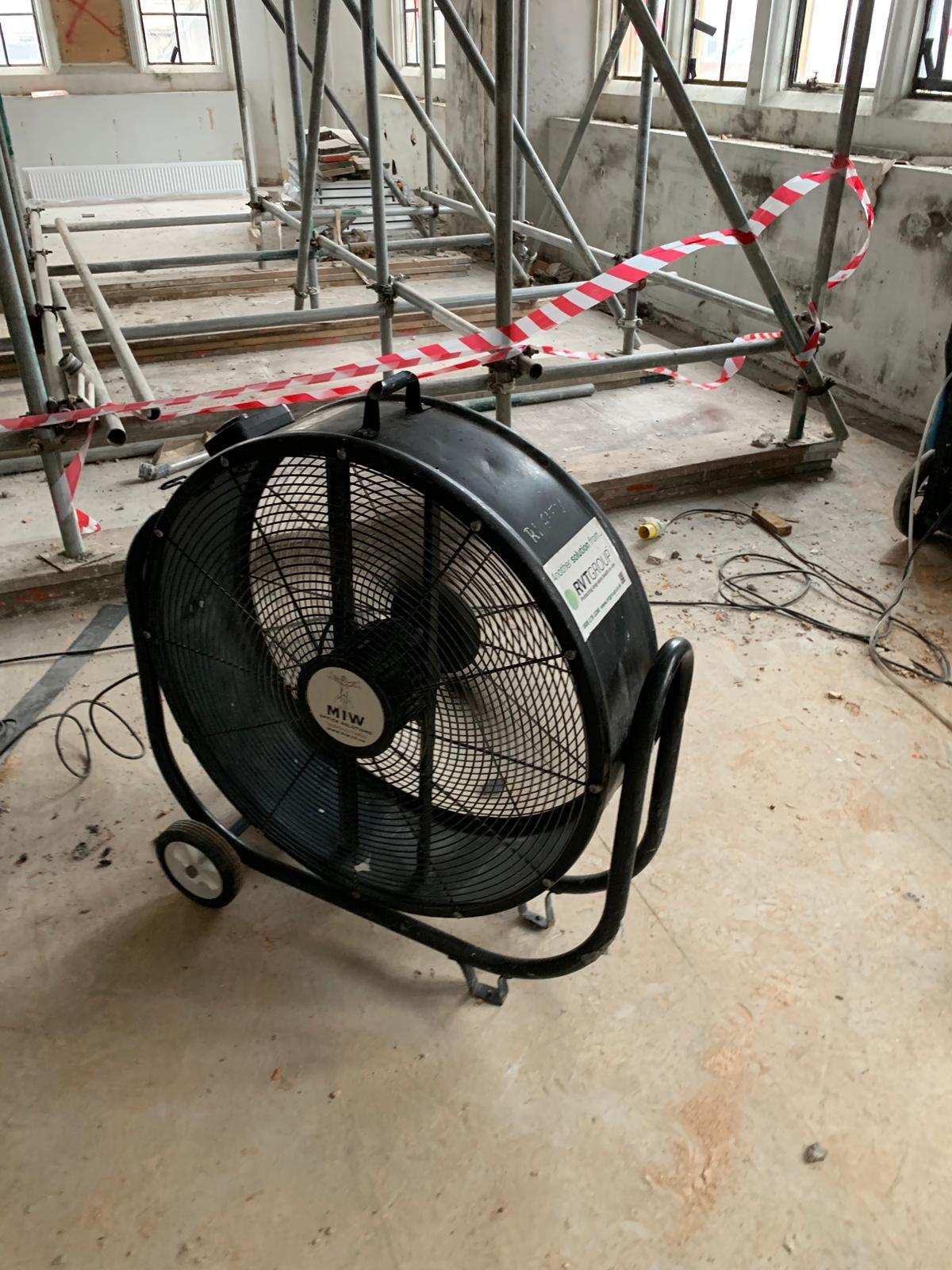 Floor Fan 900m 1