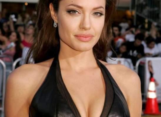 La mastectomie est en augmentation en suivant l'exemple d'Angelina en a subi une double après sa maladie