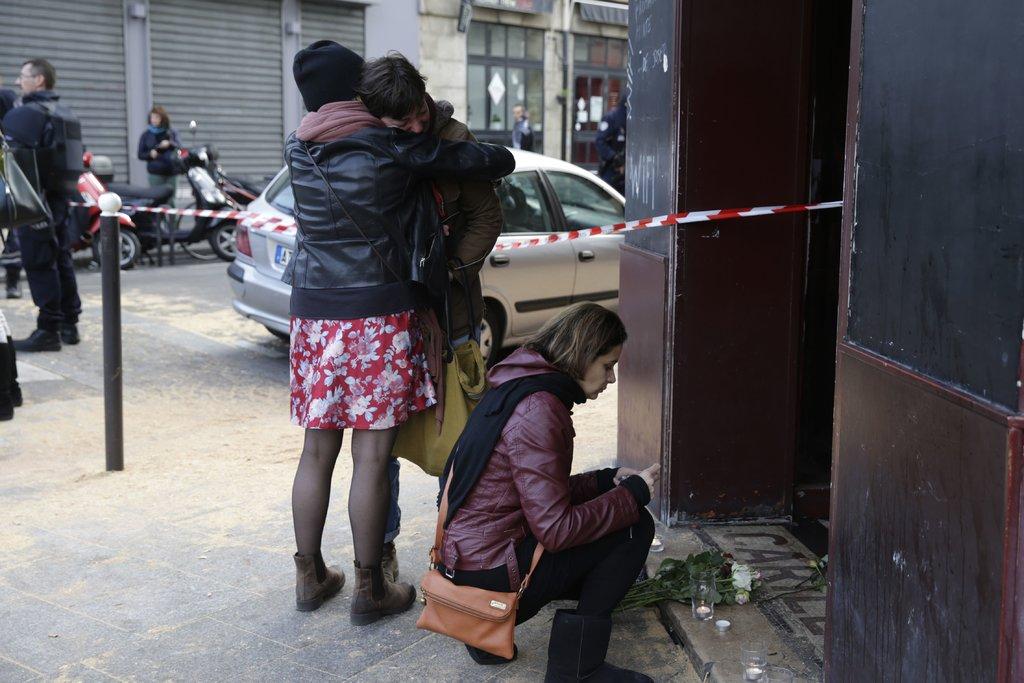 Les attaques sur Paris font 127 morts