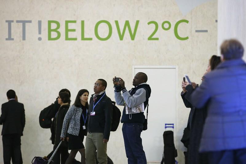 Les pays trouvent un accord à Paris pour la COP21, mais c'est loin d'être suffisant