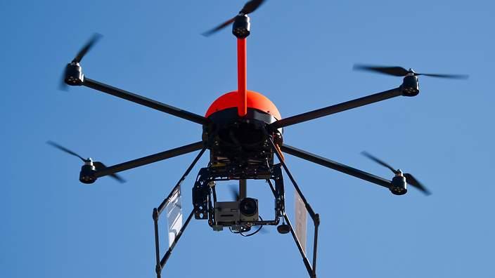 Au Japon, des drones dotés de filets pour attraper les drones illégaux