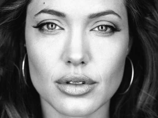 Le Healthism (santisme) ou le syndrome d'Angelina Jolie