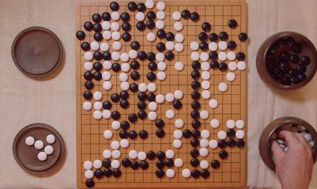 Pour la première fois, l'intelligence artificielle de Google vient de battre 5 fois de suite un champion du jeu de Go.