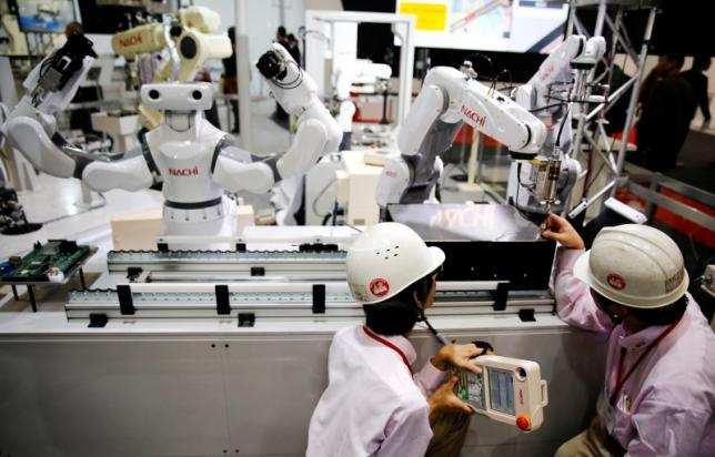 Les robots et l'intelligence artificielle vont supprimer 7 millions d'emplois. Les femmes seront les plus touchées