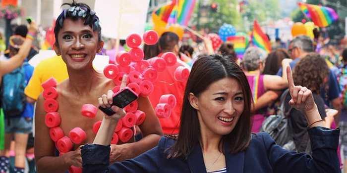 L'Indonesian Psychiatric Association, la plus grande organisation psychiatrique de l'Indonésie, estime que le transgenre (LGBT) est une maladie mentale.