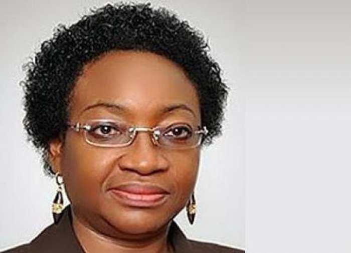 Winifred Oyo-Ita estime que les fonctionnaires nigériens qui ignorent l'outil informatique n'auront pas de promotions