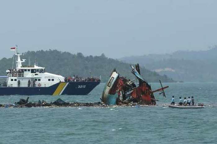 L'Indonésie coule 27 navires qui pratiquaient la pêche illégale