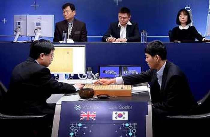 Lee Se-Dol gagne le 4e match contre AlphaGo. Une belle victoire, mais arrachée avec les larmes