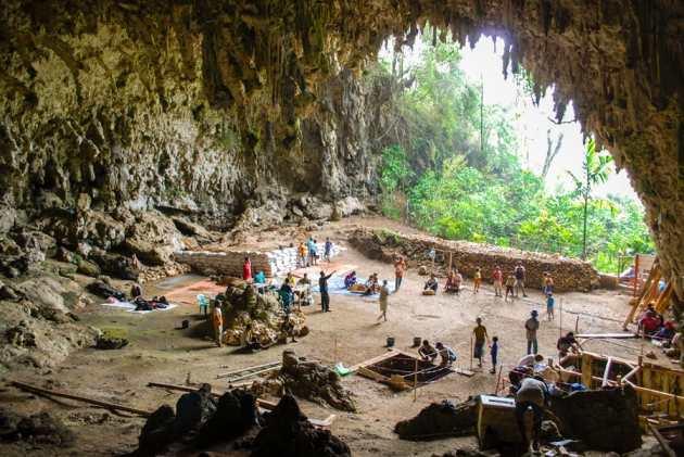 La grotte de Liang Bua où on a découvert l'Homme de Florès surnommé le Hobbit