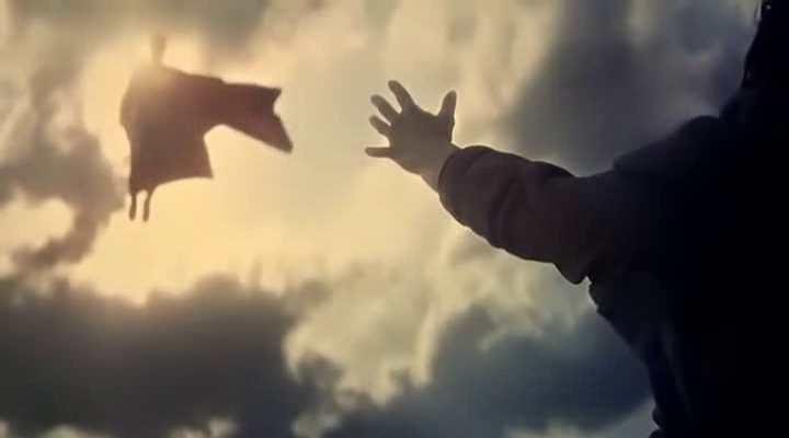 Batman vs Superman nous montre l'un des meilleurs films de l'année même s'il recèle de nombreux défauts.