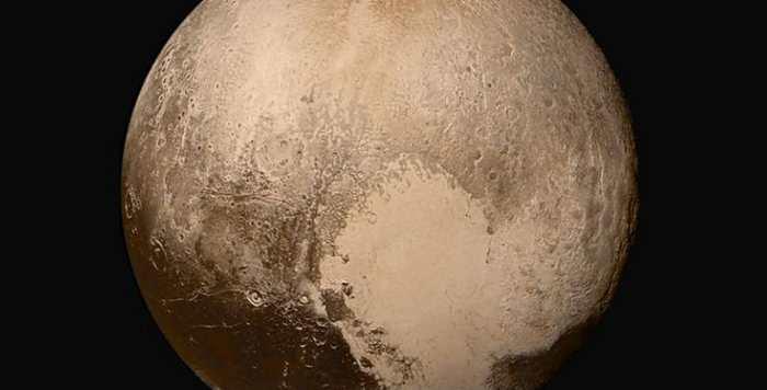 Pluton se comporte comme un hybride comme une planète naine, une comète et une vraie planète selon de nouvelles données de New Horizons.