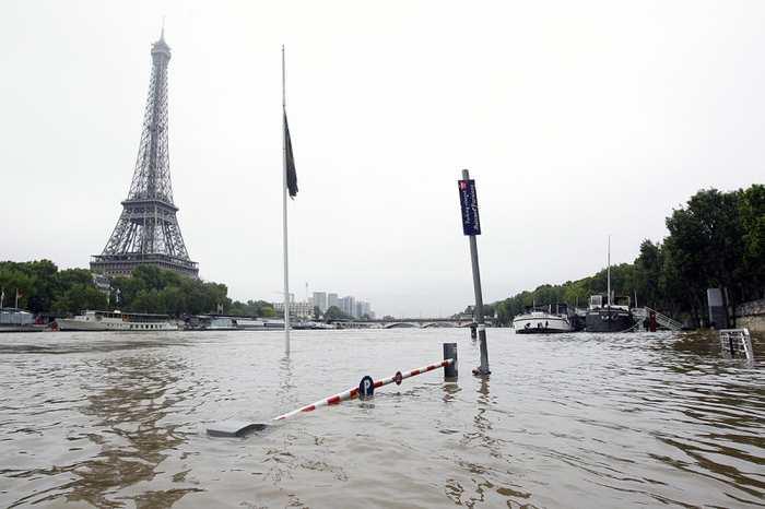 Les inondations en France et en Allemagne sont provoqué par un phénomène connu comme le Bloc Omega. Mais on ignore encore l'origine de ce phénomène.