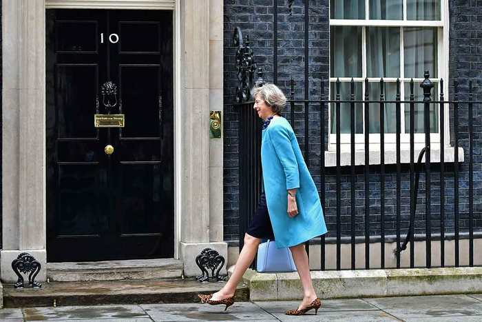Theresa May, la nouvelle Première Ministre du Royaume-Uni, possède des positions résolument contre la science.