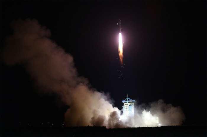 La Chine vient de lancer le Quantum Science Satellite (QUESS) alias Mozi qui est le premier satellite de communication quantique au monde.