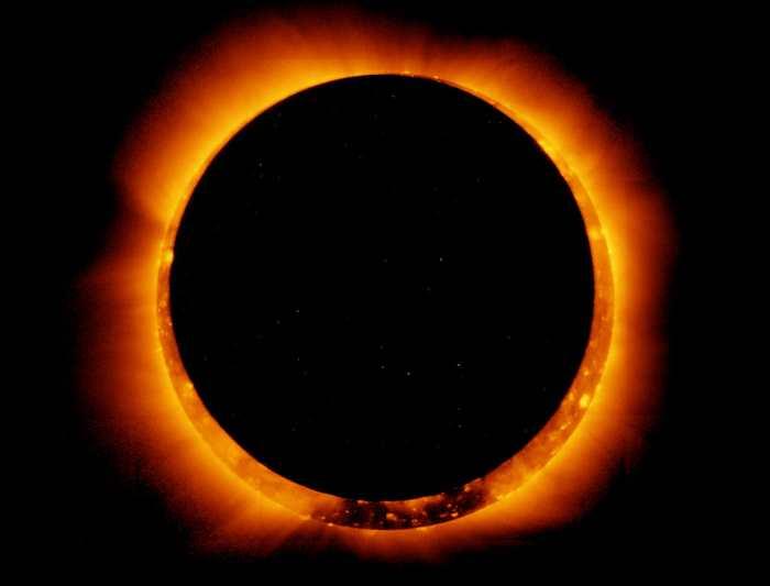 L'éclipse solaire à Madagascar du 1er septembre 2016 sera visible à partir de 11h57 dans tout le pays. N'oubliez pas vos lunettes.