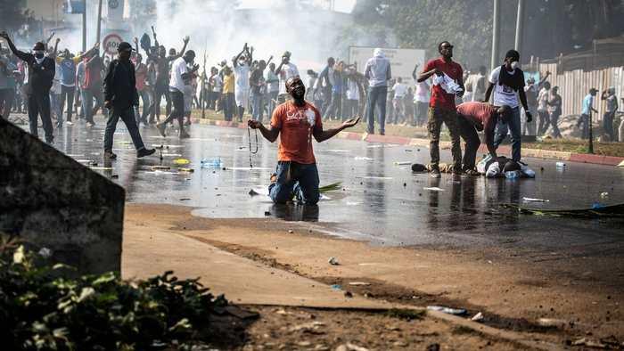 Internet est coupé au Gabon après un second jour d'émeutes suivant l'élection présidentielle.