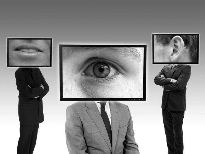 The Intercept a mis la main sur des documents détaillant le fonctionnement des IMSI Catchers qu'on connait aussi comme les Stingray. Les documents montrent la facilité d'utilisation déconcertante de ces dispositifs qui permettent l'une des pires surveillances gouvernementales.