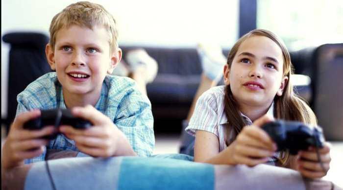 Quelle est la durée idéale pour un enfant pour qu'il puisse jouer aux jeux vidéos sans craindre des effets indésirables ? Selon une nouvelle étude, la moyenne est d'une heure par semaine.