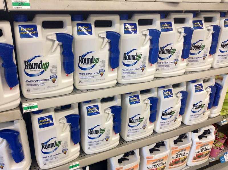 """À force de diaboliser Monsanto et son pesticide Roundup qui contiennent du Glyphosate, certains écologistes et partisans d'une alimentation """"bio"""" déforment les faits, mais surtout, ils oublient que les problèmes de l'alimentation sont remplis de nuances."""
