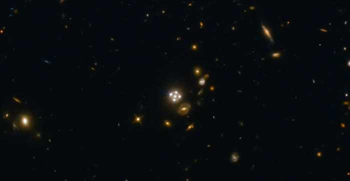 En utilisant les galaxies comme des lentilles gravitationnelles, un groupe international d'astronomes ont réalisé une mesure indépendante sur l'accélération de l'expansion de l'univers. La nouvelle mesure pour l'univers local correspond aux résultats précédents. Cependant, ils ne correspondent pas avec les mesures pendant le début de l'univers. Cela suggère un problème fondamental sur la compréhension de notre cosmos.
