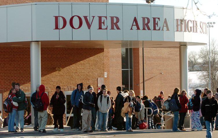 Un juge fédéral avait interdit à une école à Dover en Pennsylvanie d'enseigner l'Intelligent Design en estimant que c'est juste du créationisme déguisé - AP Photo/Bradley C Bower