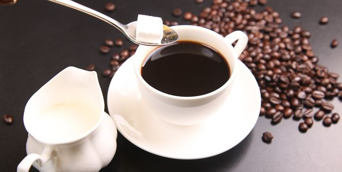 Les personnes, qui consomment environ 3 tasses de café par jour peuvent vivre plus longtemps que les autres selon les conclusions d'une étude portant sur plus de 500 000 personnes.