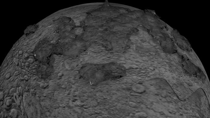 De nouvelles données suggèrent la présence d'eau sur le manteau de la lune. L'eau serait mieux répartie sur la surface, mais cela reste une interprétation des données.