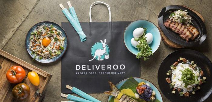 L'entreprise Deliveroo vient d'annoncer qu'elle transfère une partie de son service client à Madagascar. Une opportunité, mais cela reste des emplois précaires.
