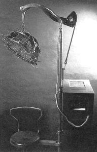 Une machine automatisée de phrénologie