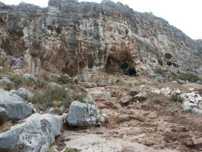 La grotte Misliya - Crédit : Rolf Quam