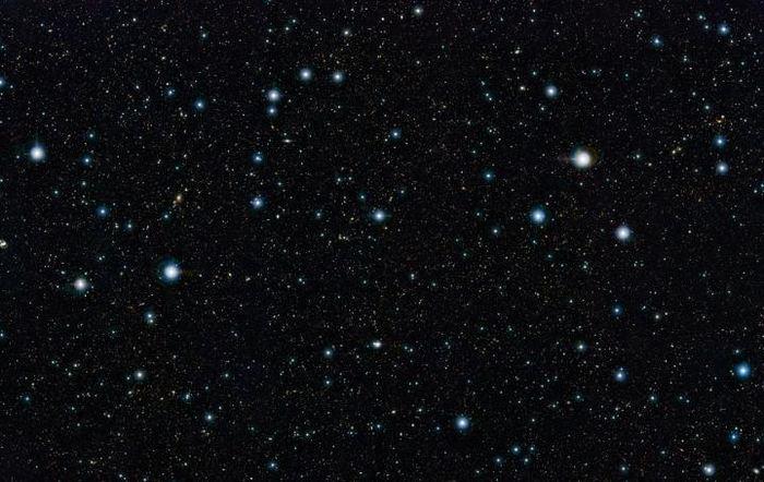 Une vue du champ COSMOS dans la constellation du Sextans en lumière infrarouge - Crédit : ESO/UltraVISTA team. Remerciement : TERAPIX/CNRS/INSU/CASU