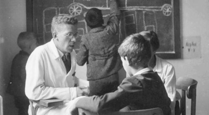 Dans la revue Molecular Autism, un historien estime que contrairement à ce qu'on pense, Hans Asperger a participé au programme d'euthanasie des nazis.