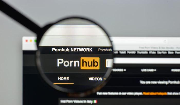 On a coutume de dire que ces dernières années, l'industrie pornographique devient de plus en plus violente. Mais une étude suggère le contraire en estimant que les scènes violentes n'ont pas augmenté et que les résultats sont plus subtils.