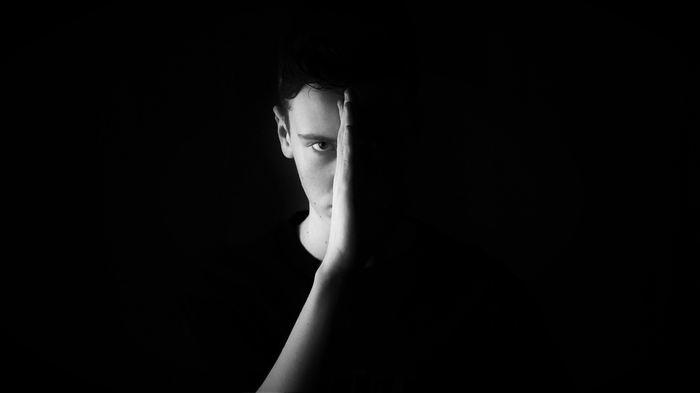 Une nouvelle étude suggère que le taux de suicide est environ 2 fois plus élevé chez les enfants noirs âgés de 5 à 12 ans que chez les enfants blancs du même groupe d'âge.