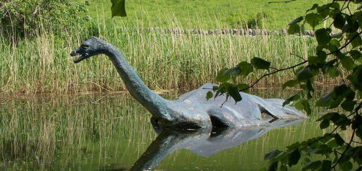 Une analyse prétend chercher l'ADN du Monstre du Loch Ness. Mais la psychologie et la philosophie montrent que le consensus scientifique le plus robuste est parfois inefficace contre l'entêtement des croyants, mais cela ne signifie pas qu'on doit tout laisser tomber.