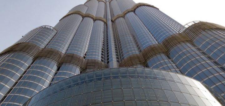 Le Burj Khalifa à Dubai d'une hauteur de 828 mètres